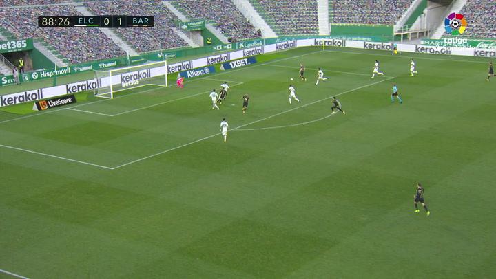 Gol de Riqui Puig (0-2) en el Elche 0-2 Barcelona
