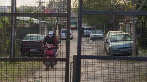 Aíslan por coronavirus a una villa en superpoblada periferia de Buenos Aires