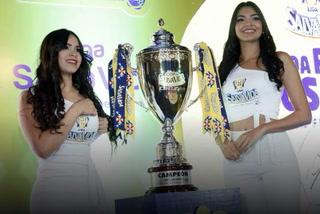 Liga SalvaVida presenta la copa que se llevará el campeón del Apertura 2019 en Honduras