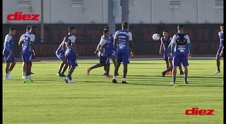 La Selección de Honduras entrenó en Houston puliendo variantes ante Curazao