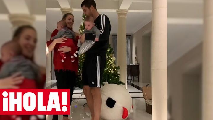 Álvaro Morata y Alice Campello o cómo pasarlo en grande poniendo el árbol de Navidad en familia