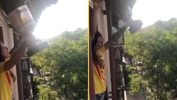 Jenni Hermoso celebra el título de Liga desde el balcón