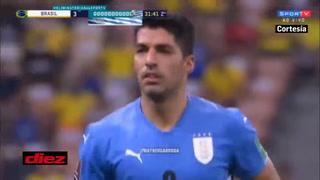Luis Suárez marca el descuento ante Brasil con un golazo de tiro libre