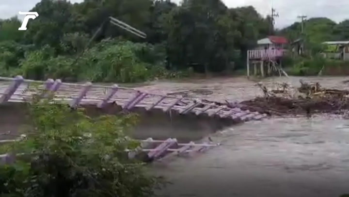 นาทีสะพาน เชื่อม 2 ตำบล พังทลาย หายไปกับสายน้ำ