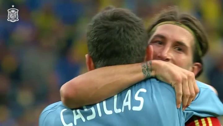 Sergio Ramos iguala a Iker Casillas como el futbolista con más internacionalidades con España