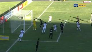 Chama Córdova aumenta el marcador para Olimpia. 2-0 sobre el Honduras Progreso
