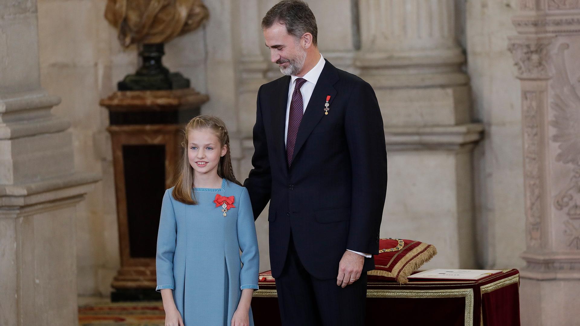 Felipe VI entrega el Toisón de Oro a su hija Leonor