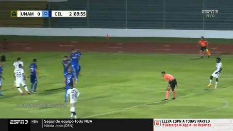 Carlos Mejía marca su primer gol con la camiseta de Pumas