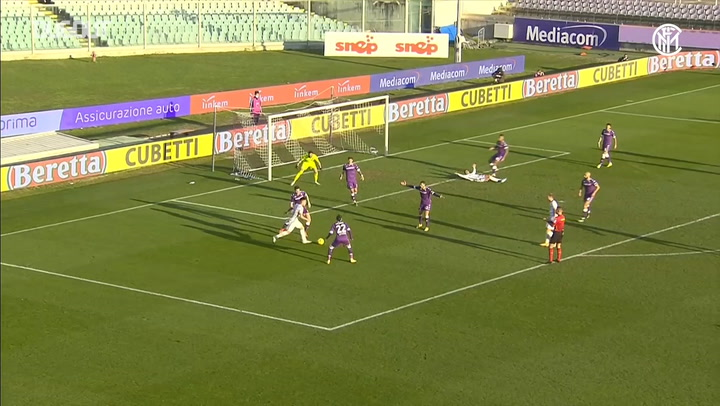 Vidal's first Inter goal