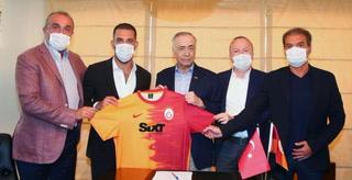 OFICIAL: Arda Turan, en Atlético y Barcelona, nuevo fichaje del Galatasaray de Turquía