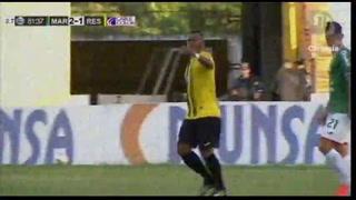 Rony Martínez lo hizo otra vez, vuelve a fallar frente al arco de Marathón