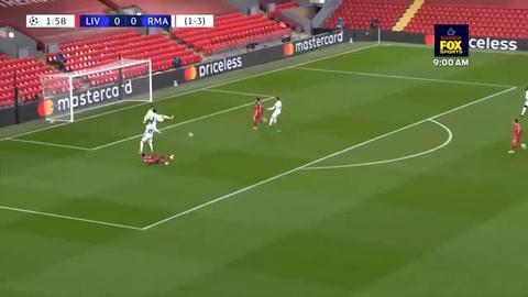 Los Dos Tapadores De Courtois En El Partido Liverpool-real Madrid