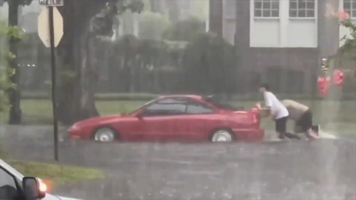 Severe storms slam Florida