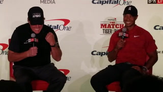 Phil Mickelson and Tiger Woods make a side bet