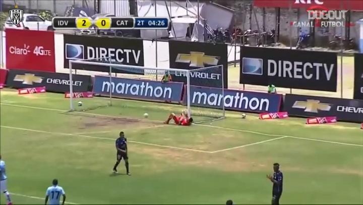 Independiente del Valle marca dos golazos consecutivos desde fuera del área