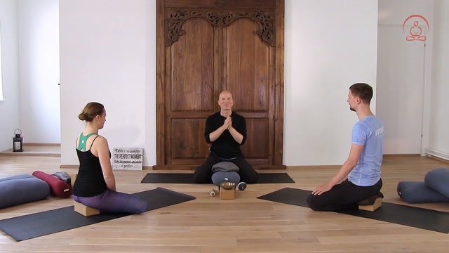 Meditation meets Yin Yoga