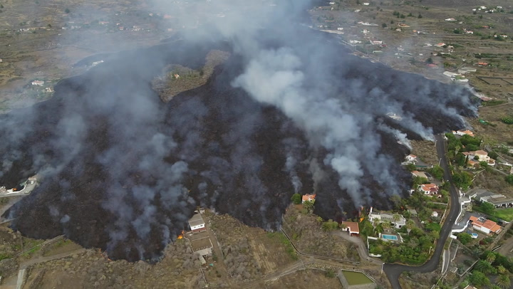 Canary Islands 'miracle house' escapes lava flow