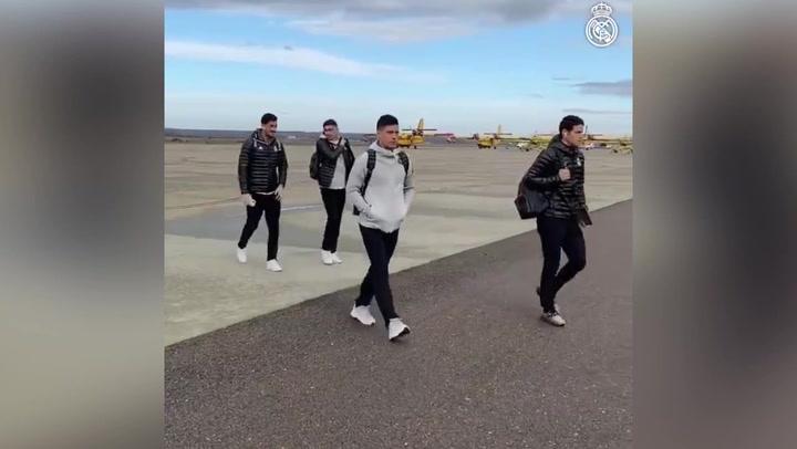 Llegada del Real Madrid al aeropuerto de Salamanca