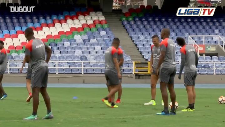 Training Session Before The Copa Sudamerica's Game VS Deportivo Cali