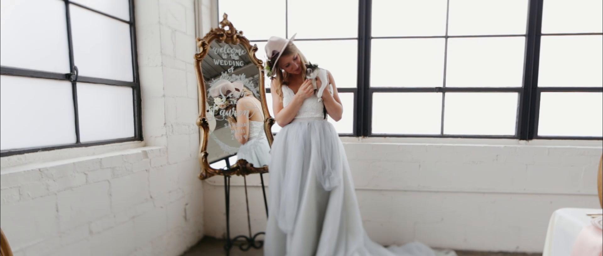 Lauren + Flowers | Memphis, Tennessee | Propcellar