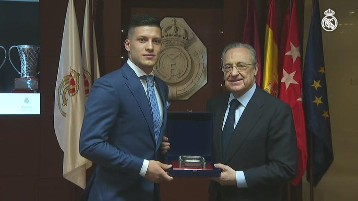 Presentación de Luka Jović en el Bernabéu, nuevo jugador del Real Madrid