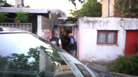 Un video revela la acción policial de esta mañana en La Tablada