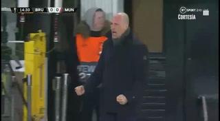 Martial evita la derrota del Manchester United y le da un positivo empate ante Brujas