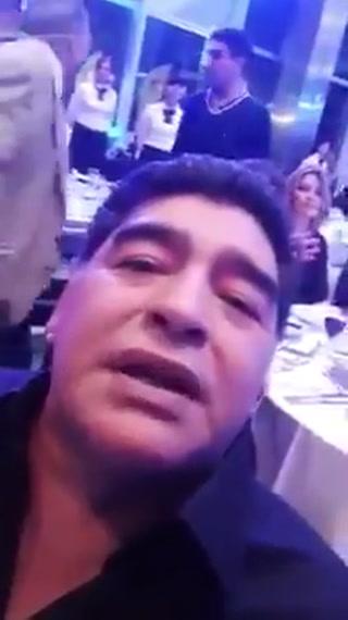 Diego Maradona envía un saludo a los aficionados de Olimpia