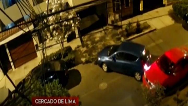 Cercado de Lima: delincuentes ingresaron a cochera de vivienda y se llevan una camioneta
