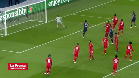 Los dos disparos de Neymar que dieron en el poste en el PSG - Bayern Múnich