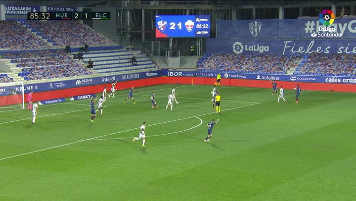 Gol de Sandro (p.) (3-1) en el Huesca 3-1 Elche