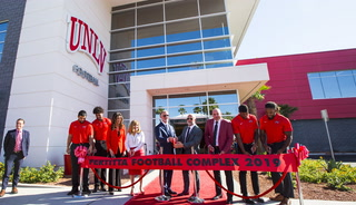 UNLV opens new Fertitta football training facility – VIDEO