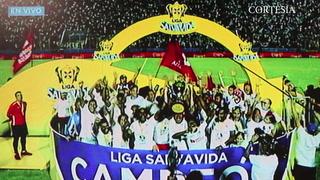 Así levantó la copa 31 de Liga Nacional el conjunto olimpista