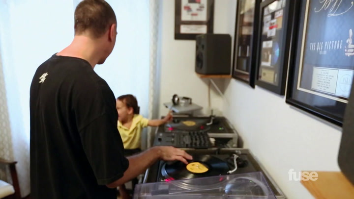 DJ Eclipse's Vinyl Collection on Crate Diggers
