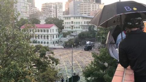La tensión vuelve a Hong Kong con renovados enfrentamientos en la universidad