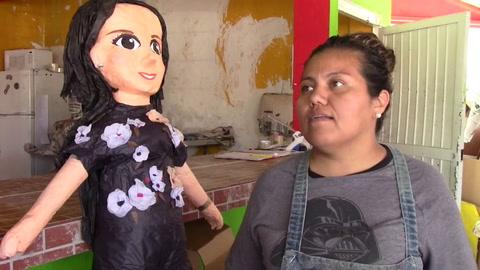 La piñata de Sarita, la polémica hija de José José, ya se vende en México