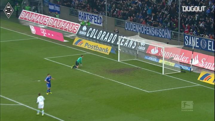 Raffael scores screamer against former club Schalke