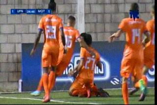 ¡GOOL UPN! Kilmar Peña marca de cabeza el empate en el duelo 1-1 ante el Motagua