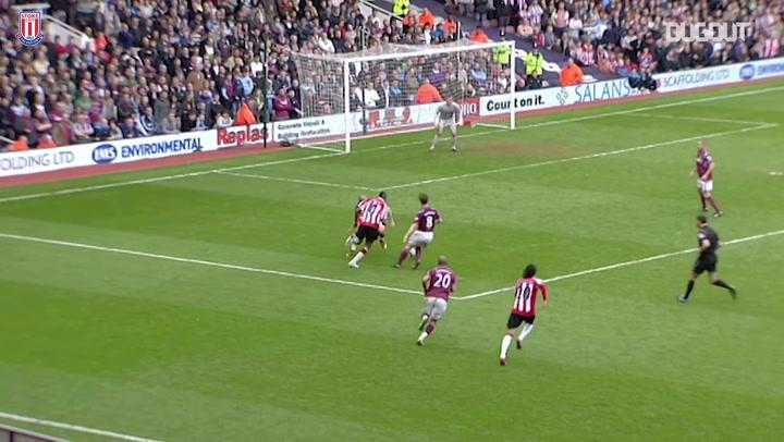 El increíble gol de Ricardo Fuller ante el West Ham