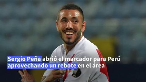 Perú resurge y derrota 2-1 a Colombia