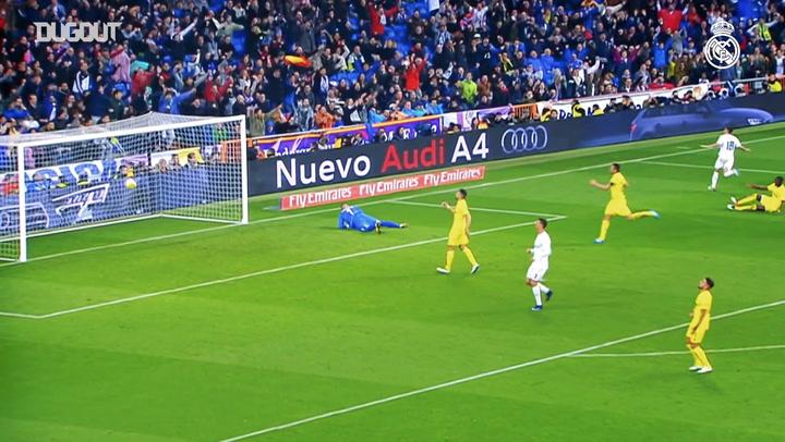 Lucas Vázquez celebrates 200 matches with Madrid