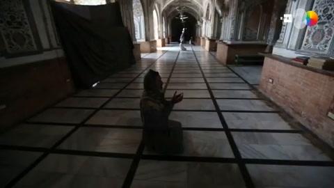 Regiones paquistaníes contradicen al Gobierno central y cierran las mezquitas