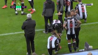 Suspendieron por unos minutos el Newcastle-Tottenham por una emergencia médica de un aficionado en las gradas del St James' Park