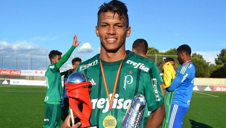 Así juega Gabriel Verón, jugador del  Palmeiras