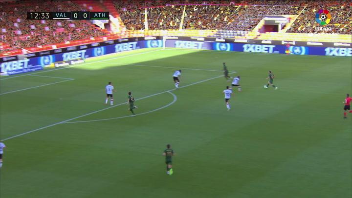 Gol de Raúl García (0-1) en el Valencia 0-2 Athletic