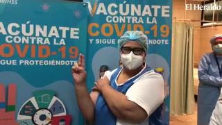 Personal de salud del Ihss comenzó a vacunarse contra el covid-19