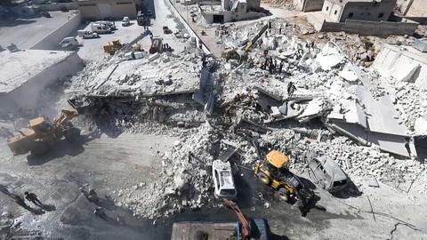 Casi 70 muertos por explosión de depósito de armas en Siria