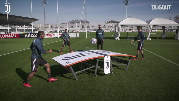 JUVENTUS TEQBALL CHALLENGE: PAULO DYBALA VS DOUGLAS COSTA