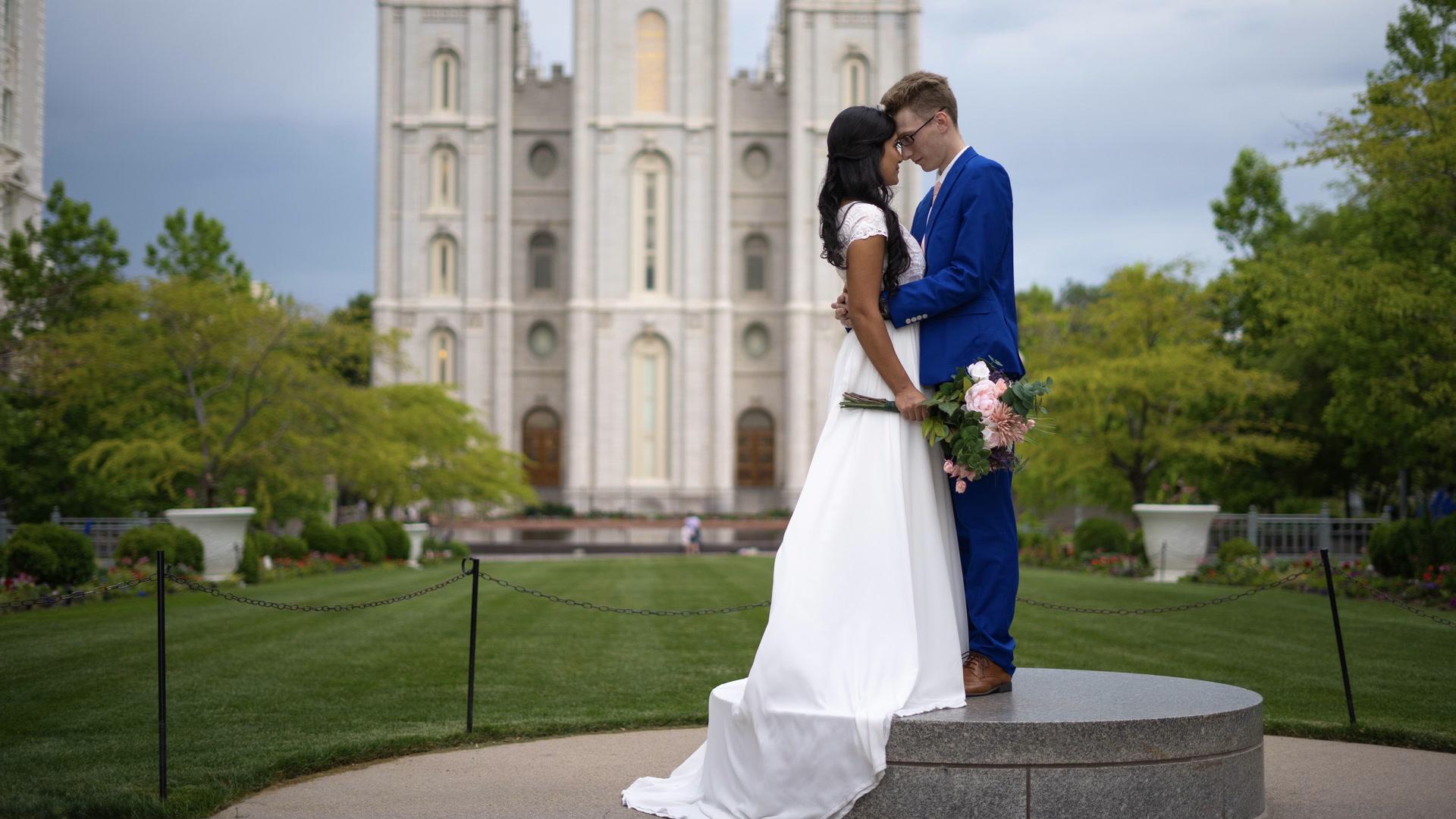Luiany + Christian | Salt Lake City, Utah | Temple Square