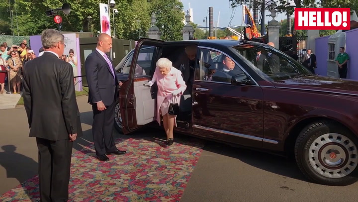 The Queen steps out at Chelsea Flower show